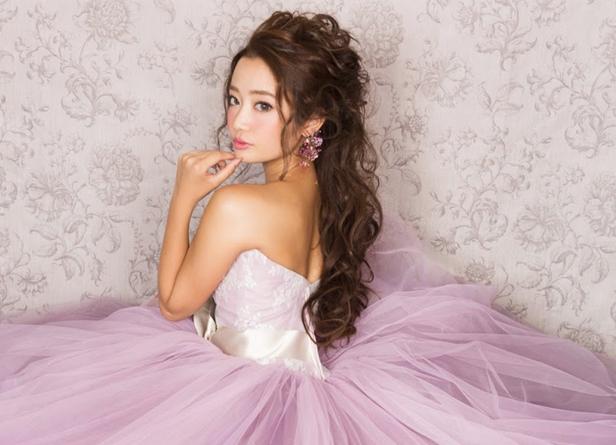 ピンクカラードレス